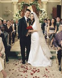 Design A Friend Wedding Dress Friends Costume Designer Looks Back On 10 Seasons Of