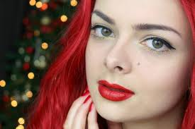 it s time for a makeup tutorial today i have a clic holiday party makeup look for you it s a 50 s inspired look that you can t go wrong with