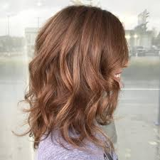 10 38 Chic Medium Length Wavy Hairstyles In 2019 Medium Haircuts For