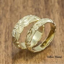 hawaiian wedding rings. gold wedding ring set of traditional hawaiian hand engraved 14k yellow barrel rings (4mm \u0026 6mm width)