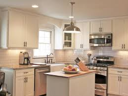 Kitchen Cabinets Crown Molding How To Install A Kitchen Cabinet Light Rail How Tos Diy Kitchen
