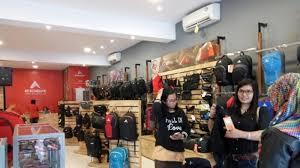 Untuk anda yang mau membeli produk eiger series apapun dari mulai mountaineering sampai lifestyle series, anda bisa. Promo Diskon Hingga 40 Persen Di Eiger Store Pontianak Tribun Pontianak