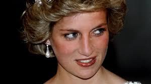 what s princess diana had in her makeup bag