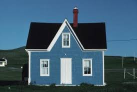 small house paint color. Contrasting Colors Look Appealing On A Small House. House Paint Color