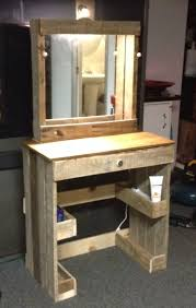 Reclaimed Wood Projects Vanity With Lighted Make Up Mirror Made From Reclaimed Wood Fun