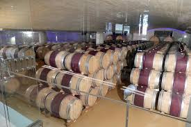 oak wine barrels. Delaire Graff Restaurant: Oak Wine Barrels
