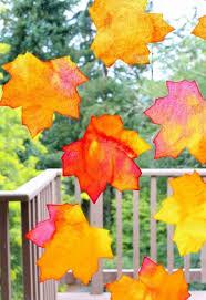 Herbst Fensterbilder Basteln Hübsche Blätter Aus Papier Creativ
