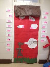 just say no to s week door decorating the three little pigs big bad