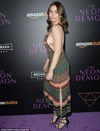 gene simmons daughter 2016. gene simmons\u0027 daughter sophie displays serious side-boob at premiere simmons 2016 g