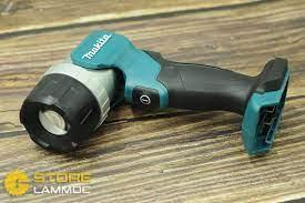 Đèn Led dùng pin (12V MAX) Makita ML106