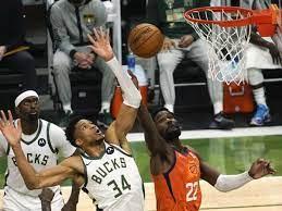 Basketball: NBA-Finals ausgeglichen: Bucks gewinnen gegen Suns - Sport im  In- und Ausland - Kreiszeitung Böblinger Bote