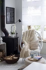 Casual Midcentury Bohemian Living Room Design InspirationBohemian Living Rooms