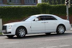 rolls royce ghost white. the rolls royce ghost production model will be unveiled at frankfurt auto show in september and manufactured goodwood plant uk white