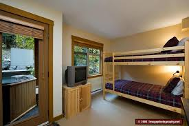 kids bedroom with tv. Kids\u0027 Bedroom With Bunk Beds, TV, DVD, VCR, Sony PS2 And Kids Tv N