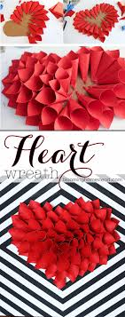 DIY Paper Heart Wreath. Easy Valentine ...