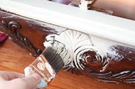 painting wood furniture whiteCHALK PAINT  HOW TO PAINT FURNITURE  CHALK PAINT COLORS