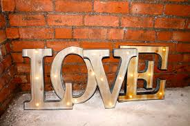 lighting letters. love marquee letters wedding photo shooting carnival vintage light up lighting l