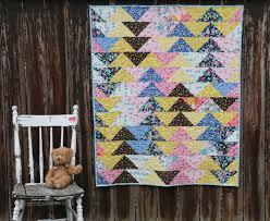 Great Grandmother's Geese - Modern Quilt from Vintage Fabrics ... & Vintage fabrics Flying Geese Made Modern Adamdwight.com