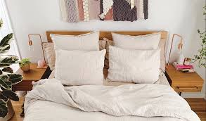 The Best <b>Bedding</b> For You, According to the Zodiac | Parachute Blog