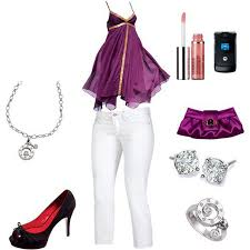ملابس كاملة images?q=tbn:ANd9GcT