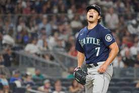 Mariners bats can't take advantage and ...