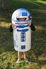 DIY R2-D2 costume. Trash can from Garden Ridge. Craft Paint. Stick