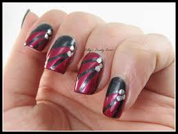 Black and Red Nail Art - Lazy Betty