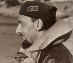Salvatore TODARO. Comandante di sommergibili della Regia Marina durante la seconda guerra mondiale ricevette diverse decorazioni. - Todaro