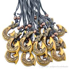 whole fashion jewelry whole tribal yak bone carved new zealand maori matau fish hook pendant necklace for men women s gift mn614 tanzanite pendant
