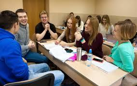 Бизнес администрирование  обучения изучают как базовые экономические дисциплины микроэкономика экономика предприятия финансы и финансовый менеджмент бухгалтерский учет и др