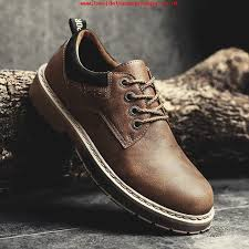 birthday present mens shoes 2018 new fashion lace up mens leather shoes waterproof mens boots comfortable