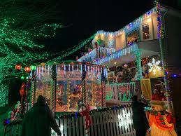 We Got Lights Staten Island Ny Staten Island Homeowner Shows Off Elaborate Christmas