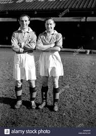 L R Stanley Matthews And Stan Mortensen High Resolution Stock Photography  and Images - Alamy