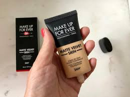 resenha da base make up for ever matte velvet skin