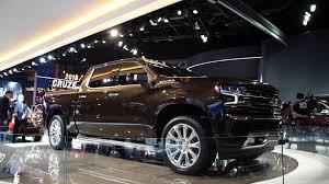 Chevrolet's Big Bet: The Larger, Lighter 2019 Silverado Pickup Truck ...
