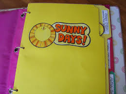 quiet book activity binder perfect to keep the kids from making your rip your hair out a and a glue gun