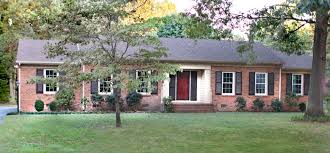 red front door on brick house. Incredible Pictures Of Ranch House Front Porch Design Ideas : Gorgeous Red Door On Brick