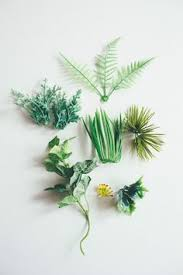 turn these into miniature plants for a dollhouse click through for more photos and ideas bl 112 dollhouse miniature