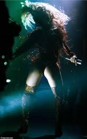 Beyonce Atlanta Seating Chart Beyonce Shakes Her Pert Derriere In Behind The Scenes Photos
