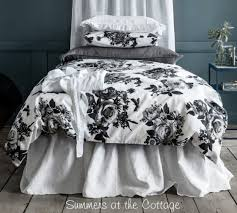 shabby new york chic soho loft urban flowers black gray