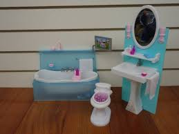 barbie size dollhouse furniture bathing fun with bath tub toilet play set huaheng toys httpwwwamazoncomdpb00ga7fwboref amazoncom barbie size dollhouse