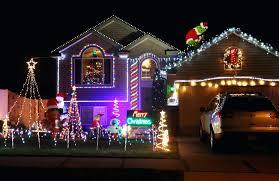 Christmas Lights House Synchronized Music Christmas Lights To Music Trackidz Com