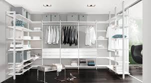 Begehbarer Kleiderschrank - Individuell planen   regalraum