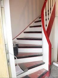 Auch die kalten fliesen lassen sich mit einem pvc boden in fliesen design austauschen. Treppen Renovierung Sanierung Modernisierung Lies Renovierung Turen Kuchen Treppen Decken Modernisierung