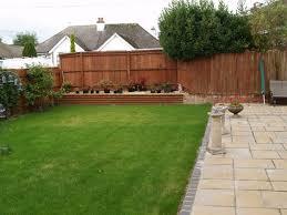 five design ideas for square gardens