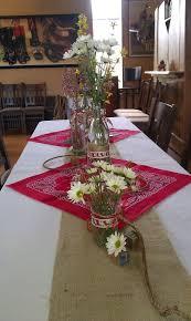 Best 25 Farm Table Decor Ideas On Pinterest  Farm House Dinning Country Style Table Centerpieces