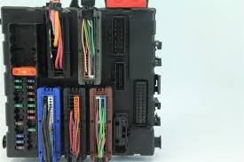 saab 9 3 interior rear fuse box 12805847 03 04 05 06 07 extreme saab 9 3 interior rear fuse box 12805847 03 04 05 06 07