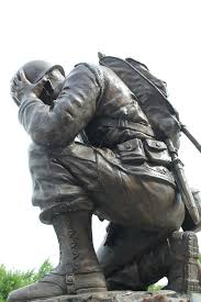 military statues for outdoor