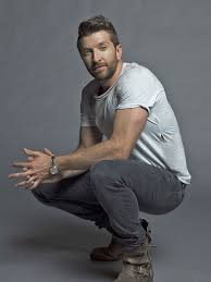 Country star Brett Eldredge to spread the love around   Events ...