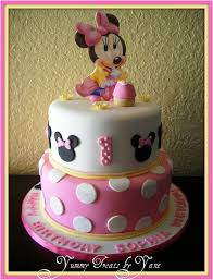 baby minnie 1st birthday cake how gorgeous is this